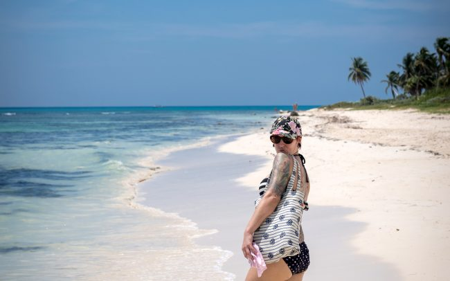 Walk Into Town 006 650x406 - Another Beautiful Summer Day in Playa del Carmen Mexico