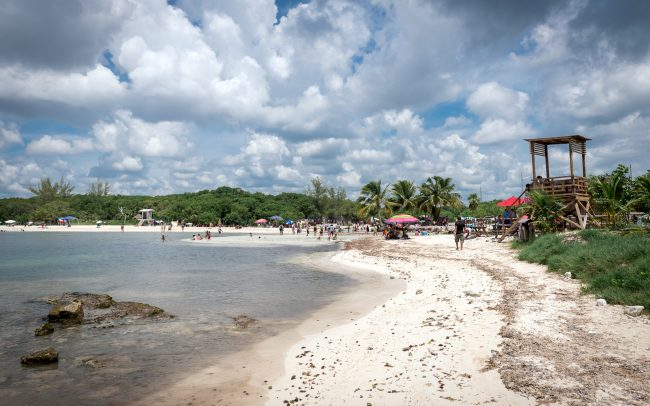 Walk Into Town 011 1 650x406 - Another Beautiful Summer Day in Playa del Carmen Mexico