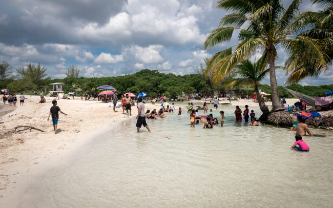 Walk Into Town 012 1 650x406 - Another Beautiful Summer Day in Playa del Carmen Mexico