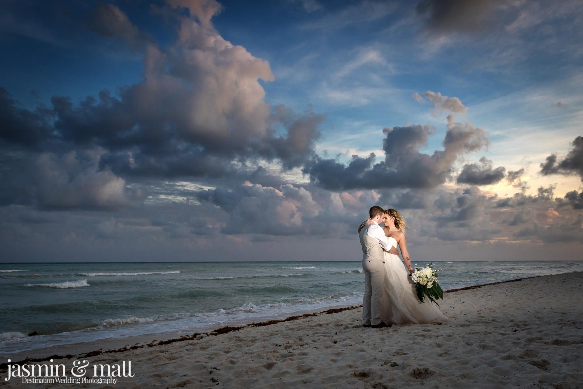 Kaylie Joshs Emotional Lovely Destination Wedding At Grand Riviera Princess