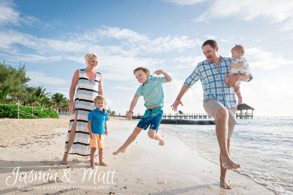 Knutson Family - Playa del Carmen Family Photography