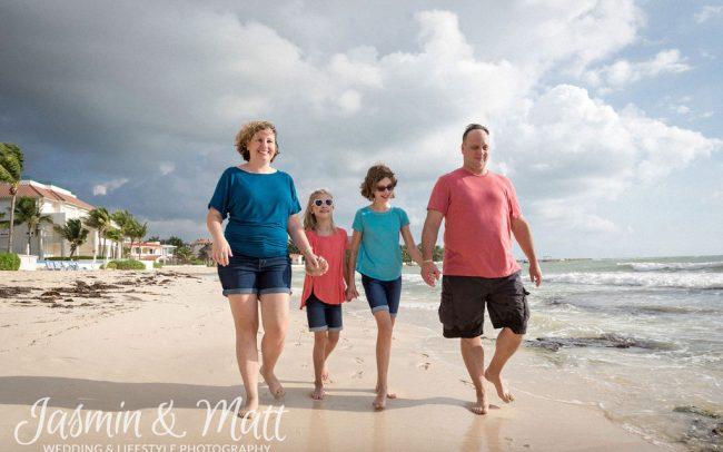 Varkalis Family - Playa Paraiso Family Photography