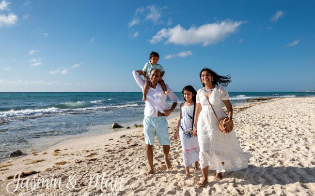 Jain Family - Xcalacoco Beach Playa del Carmen Family Photography