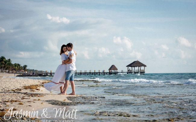 Julie & Daniel - Romantic Honeymoon Session in Playa del Carmen
